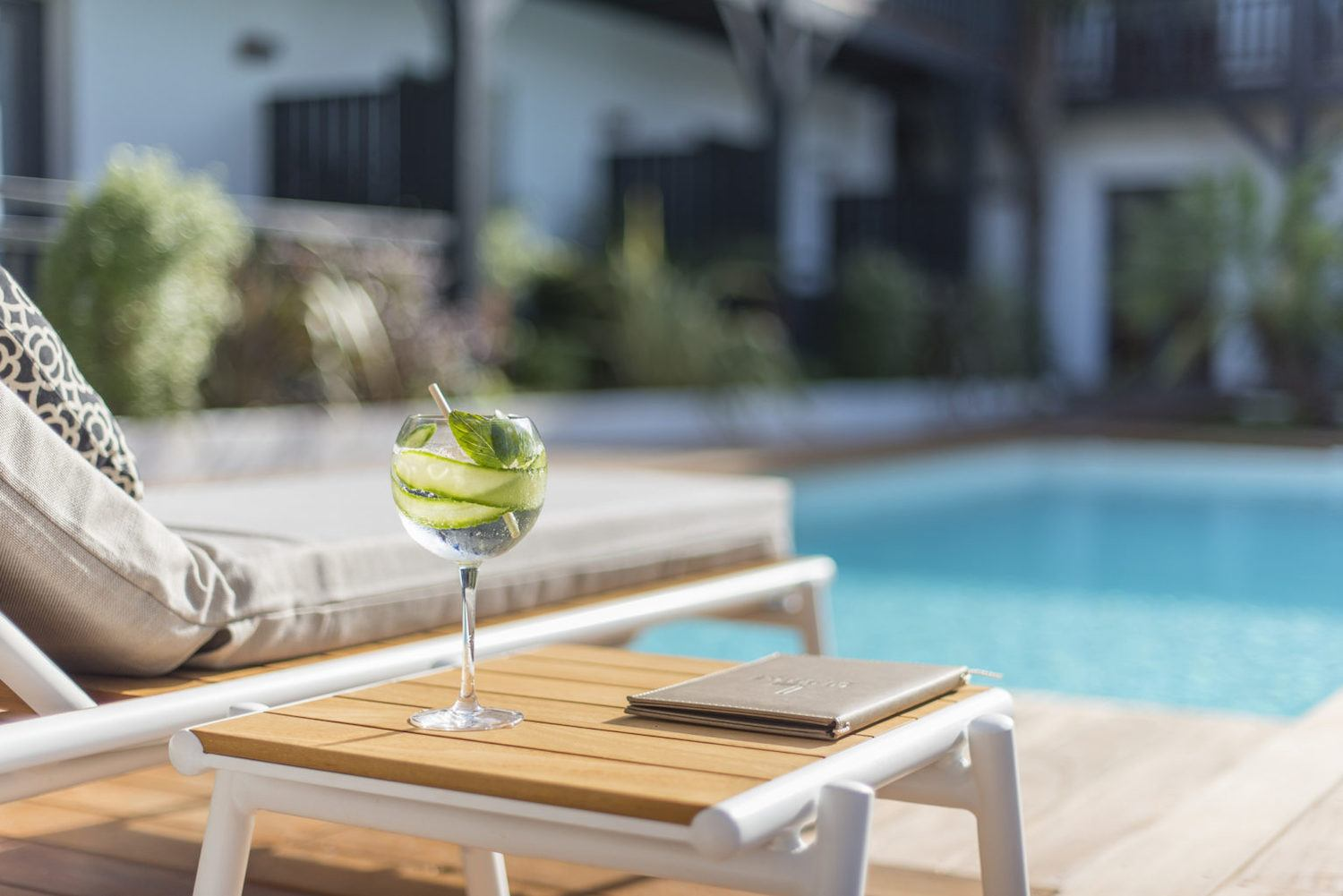 Cocktail piscine Anderenis Andernos